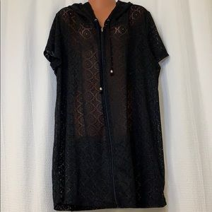 Other - 🚨🆕 Plus Size Lace Swim Cover Up With Hood